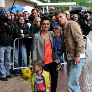 Klaas-Jan-hunterlaar-maddy-schoolderman-girlfriend-pic-300x300.jpg